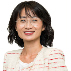 Photo of Dr Patricia Ding